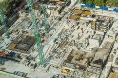 Chantier de construction de base de gratte-ciel Images stock