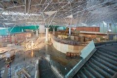 Chantier de construction de nouveau terminal chez Domodedovo Photographie stock libre de droits