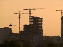 Chantier de construction sur le crépuscule Images libres de droits