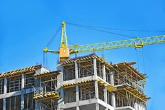 Chantier de grue et de construction Image stock