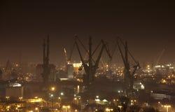 Chantier naval à Danzig la nuit, Pologne Photographie stock libre de droits