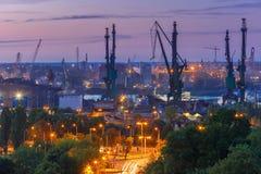 Chantier naval de Danzig la nuit, Pologne Photographie stock libre de droits
