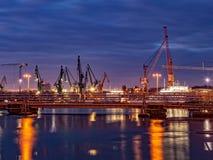 Chantier naval la nuit Photos stock