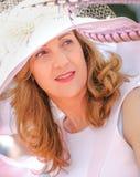 CHANTILLY - 15 ΙΟΥΝΊΟΥ: Τρόπος ζωής Prix de Diane racecourse, κοντά στο Παρίσι στις 15 Ιουνίου 2014, Γαλλία Στοκ εικόνες με δικαίωμα ελεύθερης χρήσης