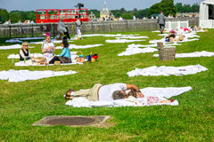 CHANTILLY - 15 ΙΟΥΝΊΟΥ: Τρόπος ζωής Prix de Diane racecourse, κοντά στο Παρίσι στις 15 Ιουνίου 2014, Γαλλία Στοκ Εικόνες