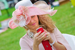 CHANTILLY - 15 ΙΟΥΝΊΟΥ: Τρόπος ζωής Prix de Diane racecourse, κοντά στο Παρίσι στις 15 Ιουνίου 2014, Γαλλία Στοκ Εικόνα