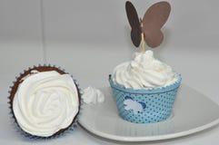 Chantilly Cupcakes στοκ εικόνες με δικαίωμα ελεύθερης χρήσης