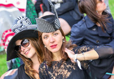 CHANTILLY - 15 DE JUNIO: Forma de vida en Prix de Diane en hipódromo, cerca de París el 15 de junio de 2014, Francia Fotos de archivo libres de regalías