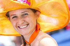 CHANTILLY - JUNI 15: Livsstil på Prix de Diane i racerbana, nära Paris på Juni 15, 2014, Frankrike Royaltyfri Foto