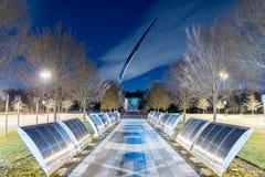 Chantilly, VA, EUA - 11 de janeiro de 2015: Escultura e parede da subida Imagens de Stock