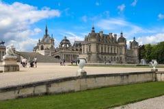 Chantillyen är en historisk slott som lokaliseras i staden av Chantilly Det inhyser museet av Conde Fotografering för Bildbyråer