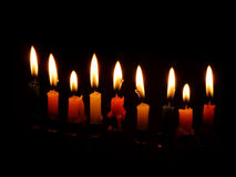 Chanuka-Kerzen werden beleuchtet Lizenzfreies Stockbild