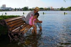 chao bangkok затопляя около реки phraya Стоковая Фотография