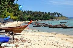 Chao Lo, Thailand: Houten Vissersboten Stock Afbeeldingen