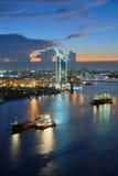 Chao Phraya Nightfall Foto de Stock Royalty Free
