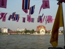 Chao Phraya River Life Blood van Oud en Nieuw Bangkok stock afbeeldingen