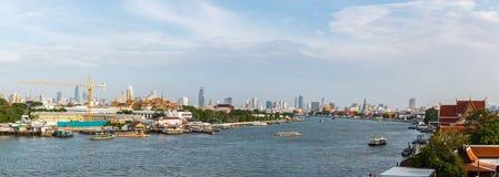 Chao Phraya Rzeczny widok Tha Chang molo Obrazy Royalty Free