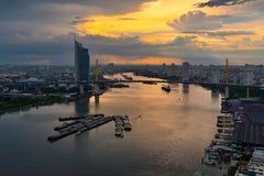 Chao Phraya zmierzch obraz royalty free