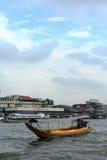 Chaophraya河船 库存照片