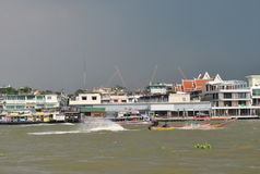Chaophraya river before the rain, Thailand Royalty Free Stock Photos