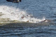 Chaos dopłynięcie ręki w łodziach i wodzie Fotografia Royalty Free