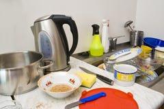 Chaos in een keuken Stock Foto