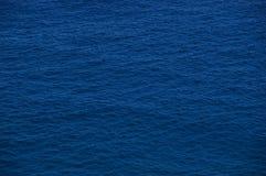 Chaotische rimpelingen van oceaan Stock Afbeeldingen