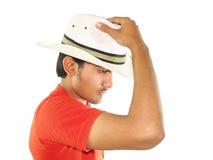 Chapéu branco desgastando do homem novo Fotos de Stock Royalty Free