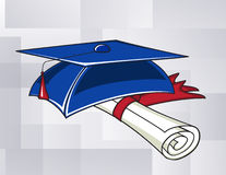 Chapéu da graduação e um rolo Fotografia de Stock
