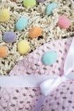 Chapéu da Páscoa e ovos gomosos Imagens de Stock Royalty Free