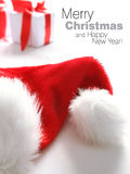 Chapéu de Santa & caixa dos chrismas (fácil remover o texto) Fotografia de Stock Royalty Free