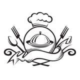 Chapéu do cozinheiro chefe com colher, forquilha e prato Foto de Stock
