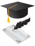 Chapéu e um papel na graduação Imagens de Stock Royalty Free