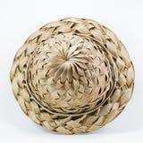 Chapéu feito das folhas tecidas do coco Fotos de Stock Royalty Free