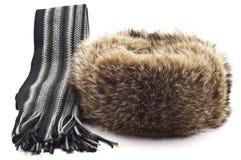 Chapéu forrado a pele e lenço do inverno Fotografia de Stock
