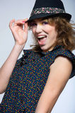Chapéu vestindo da menina bonito da forma Imagem de Stock Royalty Free