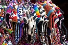 Chapéus de lã feitos malha nepaleses tradicionais Imagens de Stock