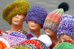 Chapéus feitos malha Fotografia de Stock