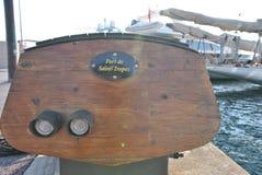 Chapa de madeira com o porto de St Tropez da inscrição Foto de Stock