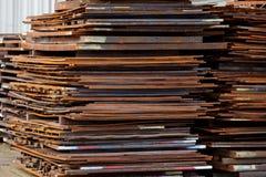 Chapa metálica crua na indústria da construção da fabricação Imagem de Stock