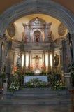 Chapala教会法坛和曲拱 图库摄影