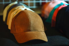 Chapeau coloré, chapeau Photos stock