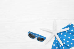 Chapeau d'été et avec des accessoires et des sandales Image libre de droits