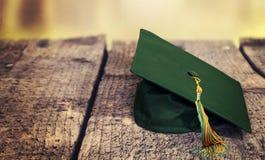 Chapeau d'obtention du diplôme Photographie stock libre de droits