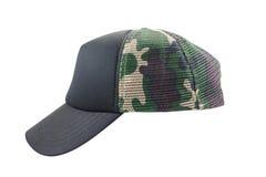 Chapeau de camouflage d'isolement sur le fond blanc Photographie stock libre de droits