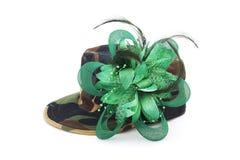 Chapeau de fantaisie de modèle de camouflage Images stock