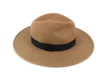 Chapeau de paille de Brown d'isolement sur le chemin de coupure blanc de fond Photo stock