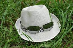 Chapeau et verres Photographie stock