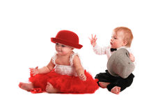 Chapeau rouge de jupe de fille et chapeau de garçon, amour, Saint-Valentin Photos stock