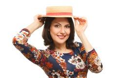 Chapeau s'usant de femme portrait de studio de mode Images libres de droits
